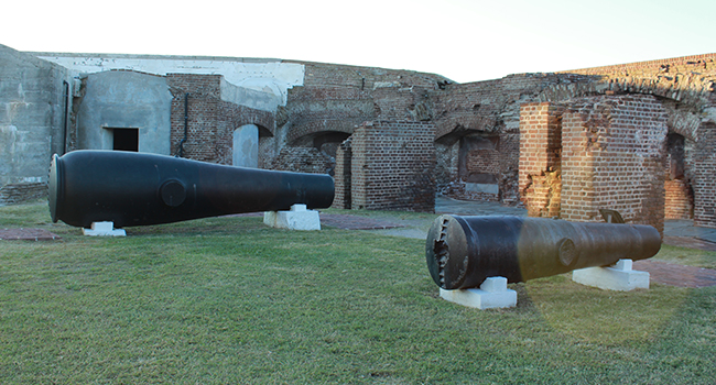 Forst Sumter canons